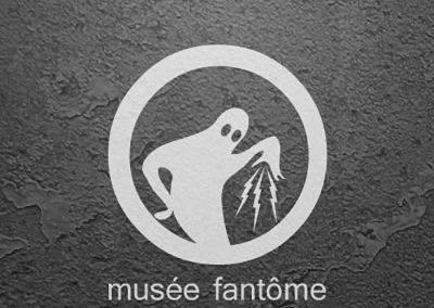 Logo de l'organisation événementielle d'art ubiquiste 'Musée fantôme'